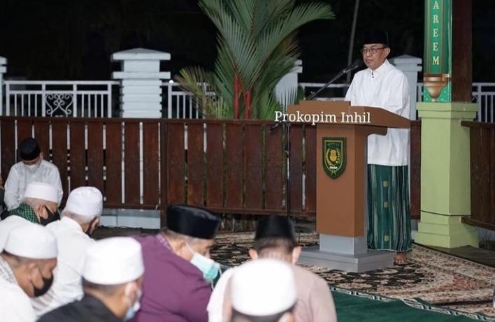 Malam Idul Fitri 1442 H, Bupati Inhil Takbiran di Pendopo Rumah Dinas